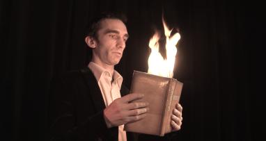 livre en feu